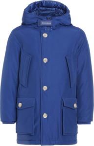 Niebieska kurtka dziecięca Woolrich z bawełny dla chłopców