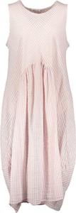 Różowa sukienka Fashion Factory z okrągłym dekoltem mini