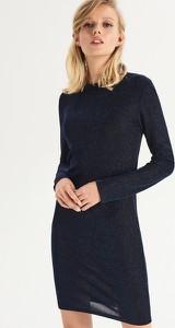 Sukienka Sinsay dopasowana z długim rękawem