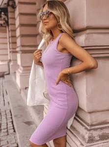 Fioletowa sukienka SELFIEROOM ołówkowa z okrągłym dekoltem w stylu casual