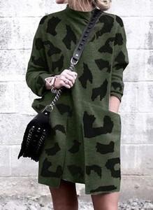 Zielona sukienka Cikelly mini w stylu casual z długim rękawem