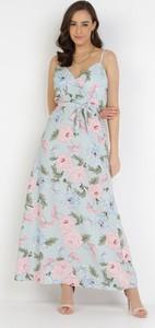 Sukienka born2be trapezowa z dekoltem w kształcie litery v