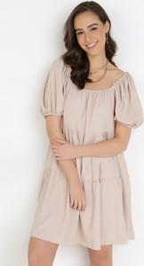 Sukienka born2be trapezowa mini w stylu casual