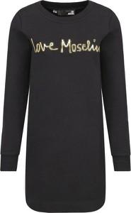 Czarna sukienka Love Moschino w stylu casual z okrągłym dekoltem z długim rękawem