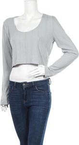 Bluzka NLY TREND z długim rękawem w stylu casual z okrągłym dekoltem