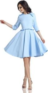 Niebieska sukienka Lemoniade z okrągłym dekoltem rozkloszowana z długim rękawem