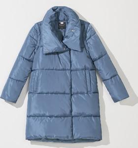 Niebieski płaszcz Mohito