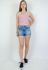 Szorty Olika w młodzieżowym stylu z jeansu