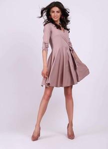 Sukienka Nommo mini z dekoltem w kształcie litery v