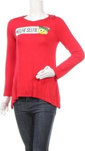 Czerwona bluzka Justice