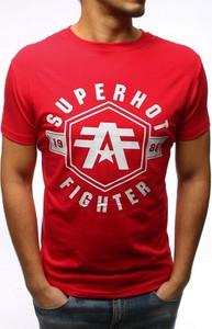 Czerwony t-shirt Dstreet w młodzieżowym stylu z krótkim rękawem z bawełny