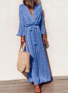 Niebieska sukienka Sandbella z długim rękawem maxi
