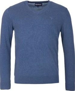 Niebieski sweter Barbour z bawełny