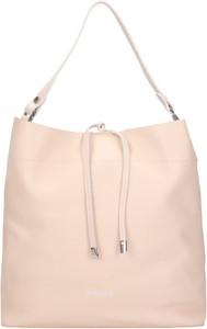 Różowa torebka Wojas ze skóry w stylu casual