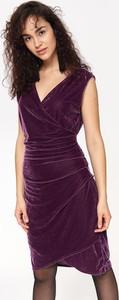 Sukienka Top Secret z weluru bez rękawów