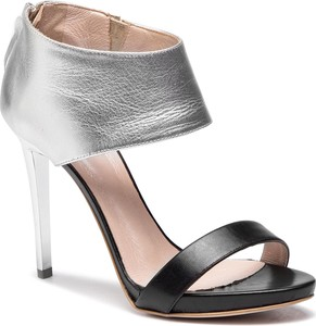 Sandały Simple