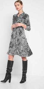 Sukienka ORSAY koszulowa