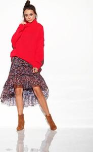 Czerwony sweter Merg w stylu casual