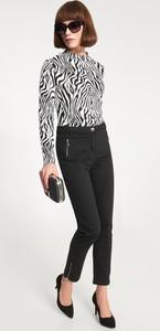 Czarne spodnie QUIOSQUE w stylu klasycznym