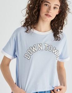 8e05b00b3 T-shirt Sinsay z okrągłym dekoltem w młodzieżowym stylu