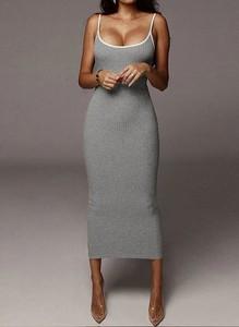 Sukienka Arilook z dekoltem w kształcie litery v na ramiączkach midi