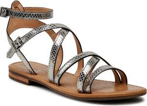 Sandały Geox z płaską podeszwą w stylu casual