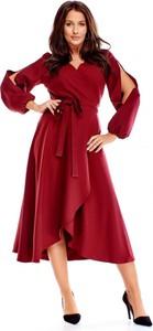 Czerwona sukienka candivia.pl z dekoltem w kształcie litery v kopertowa