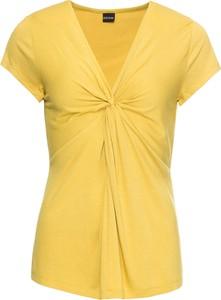 Żółty t-shirt bonprix BODYFLIRT z dekoltem w kształcie litery v z krótkim rękawem w stylu casual