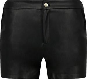 Czarne szorty Liu-Jo w rockowym stylu
