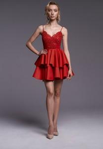 Czerwona sukienka Ella Boutique mini na ramiączkach