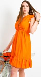 Sukienka Olika bez rękawów kopertowa mini