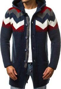 Granatowy sweter ozonee.pl w młodzieżowym stylu