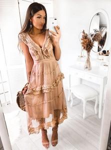 Sukienka Pakuten rozkloszowana