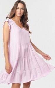 Różowa sukienka born2be z dekoltem w kształcie litery v mini bez rękawów