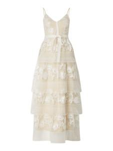 Sukienka Forever Unique na ramiączkach z dekoltem w kształcie litery v z satyny