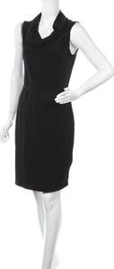 Czarna sukienka 41 Hawthorn mini z dekoltem w kształcie litery v