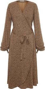 Brązowa sukienka Moda Su kopertowa w stylu casual