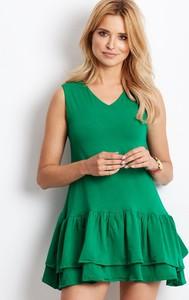 Zielona sukienka Sheandher.pl z dekoltem w kształcie litery v
