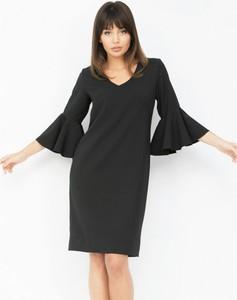Czarna sukienka Piu mini z dekoltem w kształcie litery v