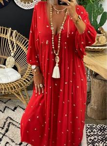 Czerwona sukienka Sandbella z długim rękawem w stylu boho