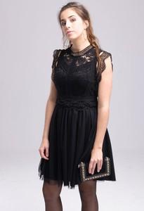 Czarna sukienka Butik Ecru z krótkim rękawem