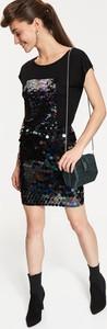 Czarna bluzka Top Secret z krótkim rękawem w stylu glamour