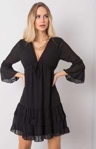 Sukienka Sheandher.pl z długim rękawem mini z dekoltem w kształcie litery v
