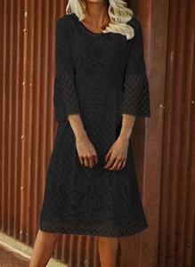 Czarna sukienka Cikelly z okrągłym dekoltem z długim rękawem
