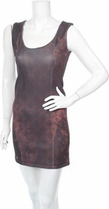 Sukienka Boutique De La Femme z okrągłym dekoltem na ramiączkach