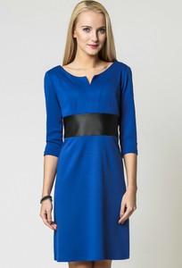 Niebieska sukienka sukienki.pl z długim rękawem