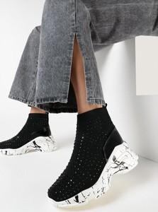 Buty sportowe born2be z zamszu sznurowane