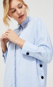 Niebieska koszula Moodo z długim rękawem z bawełny