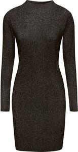 Czarna sukienka Esprit z długim rękawem dopasowana z golfem