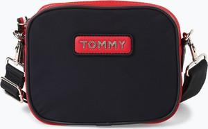52ff28c96986f Granatowa torebka Tommy Hilfiger w sportowym stylu